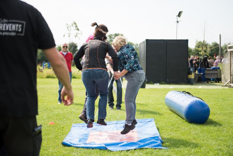 Vliegend-tapijt-volwassenen-activiteit