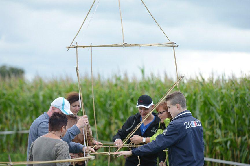 Goedkoop bedrijfsuitje bamboe bouwen polderevents