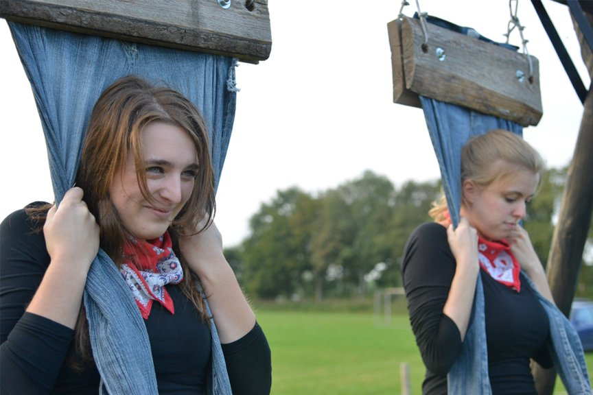 Vrijgezellenfeest vrouwen spijkerbroekhangen Polderevents