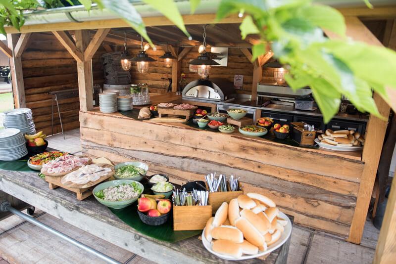 Lunch tijdens teamuitje bij Polderevents in omgeving Breda